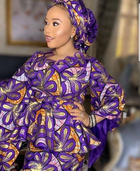 Model wax robe 2020